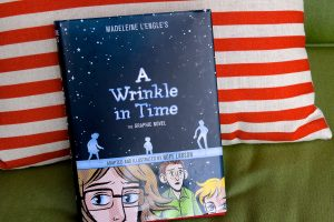 Book Review: Madeleine L'Engle's: A Wrinkle in Time: The Graphic Novel by Hope Larson