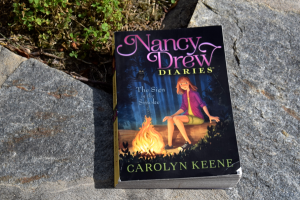 Book Review: The Sign in the Smoke (Nancy Drew Diaries, Book #12) by Carolyn Keene